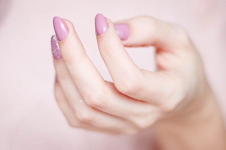 Ako odstrániť gélové nechty doma?