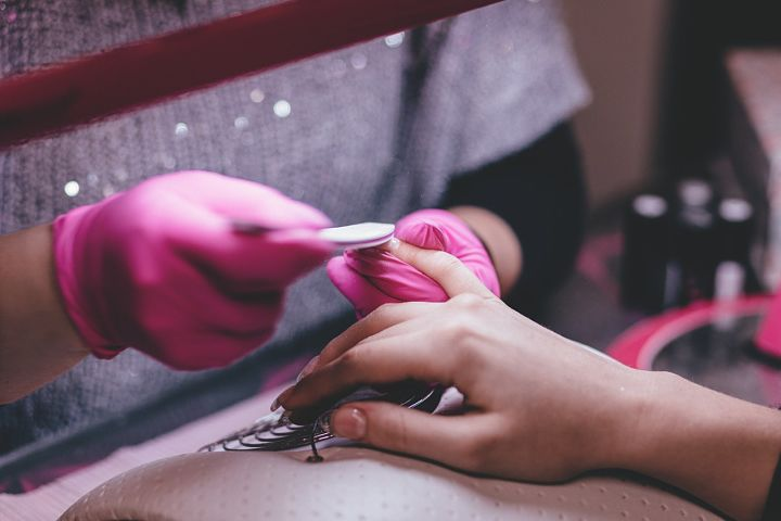 Ako sa zbaviť gelových nechtov raz a navždy?