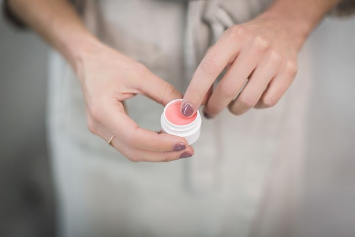 Urea v kozmetike funguje na suchú pleť