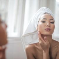 Domácí peeling na obličej: 7 DIY receptů pro dokonalou pleť