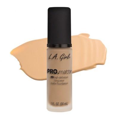 L.A. Girl Matující make-up PRO. matte