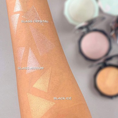 Makeup Revolution Rozjasňovač Glass Mirror