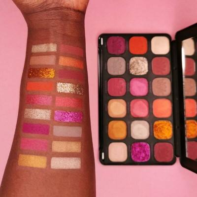 Makeup Revolution Paletka očních stínů Forever Flawless Spirituality Namaste